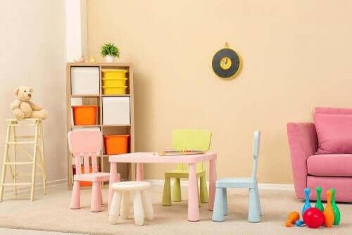 子供部屋のインテリアデザイン:家具を選ぶ方法 ミニマリスト