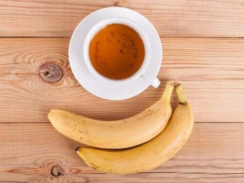 バナナとお茶