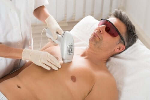 効果的で痛みが少ない人気の脱毛法 レーザー