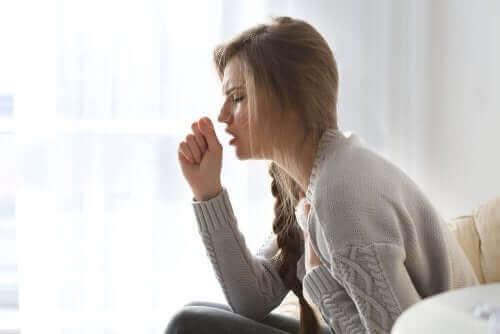 一次性咳嗽性頭痛と二次性咳嗽性頭痛の違い