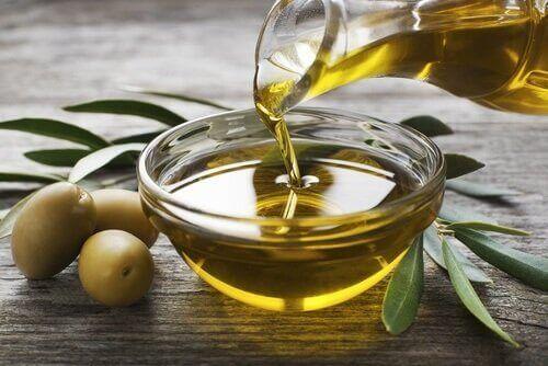 オリーブオイル 地中海式食事法を始めるときに大切な基礎知識