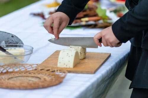 種類別:チーズを切るときのヒントとコツ