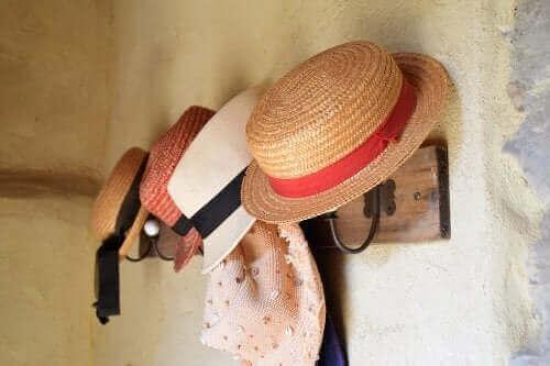 家にあるものを再利用! 帽子掛けの作り方