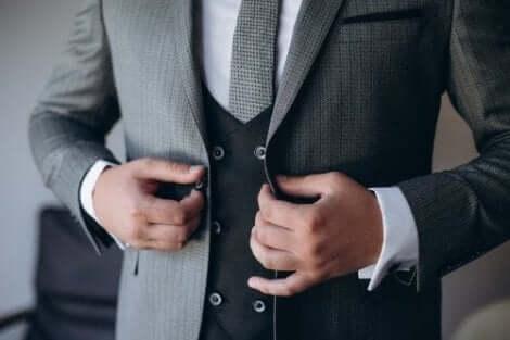 新郎のスーツ