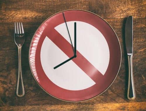 間違った食べ方をしていませんか?正しい食生活のススメ 食事方法