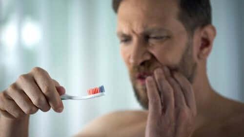 歯茎からの出血について知っておくべきすべてのこと