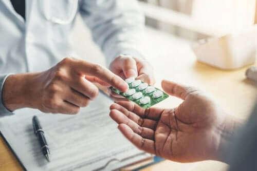 ノルフロキサシンの使用法と副作用