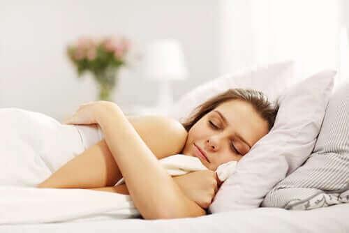 それぞれの年齢層に適切な睡眠時間とは?