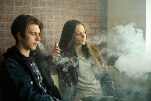 正しく理解しよう!電子タバコの持つ安全性への懸念