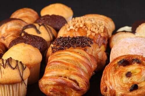 ペストリー 心臓発作を抱える人が食べるべき食品