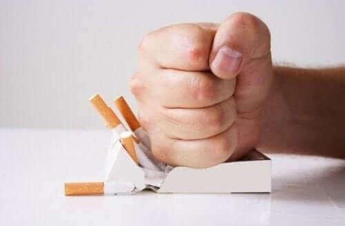 ニコチン依存症の克服に役立つ3つの自然療法 意志力