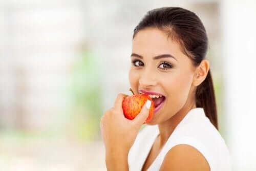 ペクチン:注目すべき健康上の利点と特性 りんご