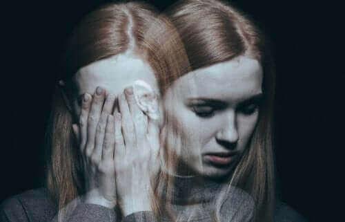 メンタルヘルスと無オルガズム症の関係 自尊心の低い女性