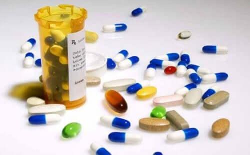 新型コロナウイルスの治療薬