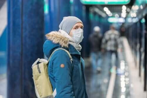 新型コロナウイルスに再感染する可能性はありますか?