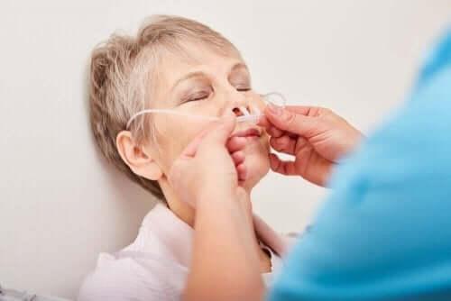 鼻腔栄養チューブ