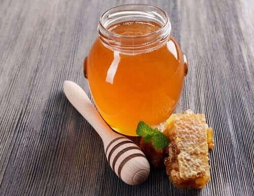 ハチミツの瓶