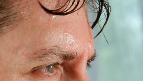 汗をかく 熱が体に及ぼす6つの影響