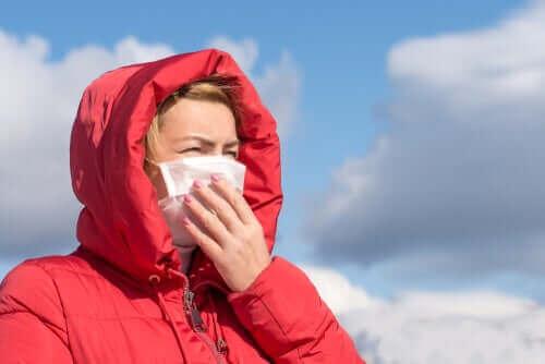新型コロナウイルスは空気感染ではないというWHOの声明