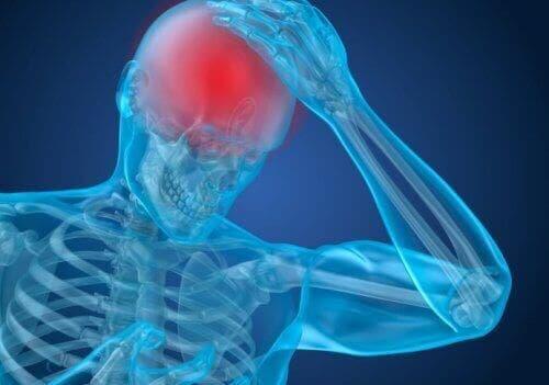 頭痛 トラマドール