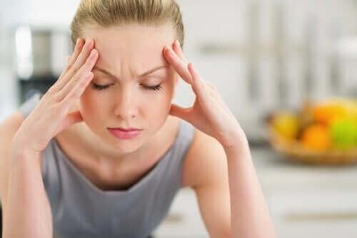 頭痛 スキンケアとお肌の健康についての真実