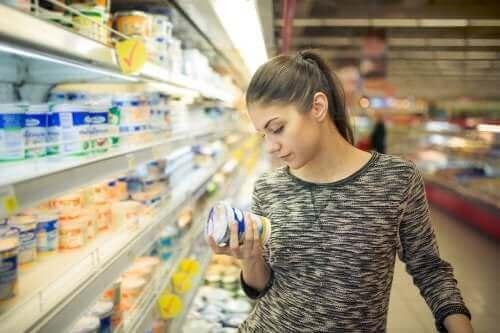 食品添加物〜アレルギーやその症状、治療法について