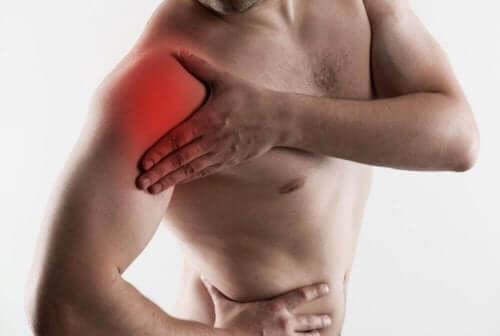 回旋筋腱板断裂の症状