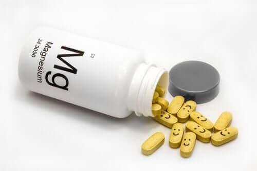 高マグネシウム血症:血中のマグネシウム濃度が高い状態