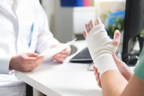 骨転移の症状 がんの骨転移