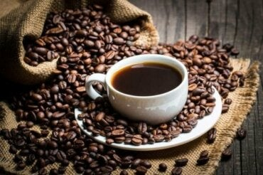 結局どうなの? カフェインについての科学的見解