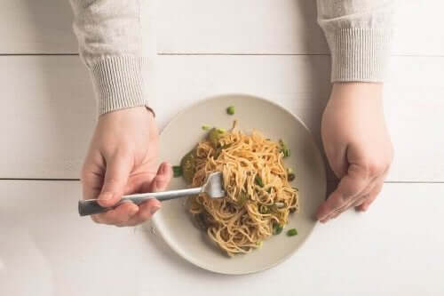 全粒粉パスタは食物繊維が豊富 メリット