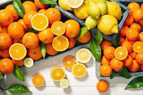 ビタミン欠乏症が引き起こす可能性のある病気 柑橘類