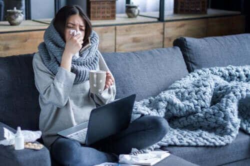 冬になるとインフルエンザの流行が広がる理由