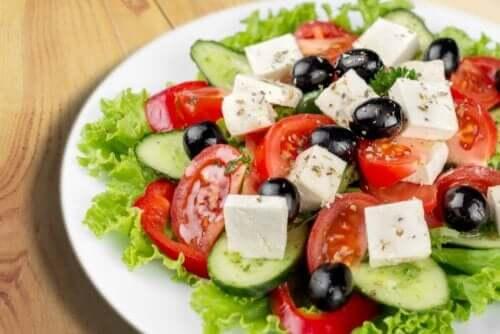 ギリシャ風サラダ フェタチーズの利点