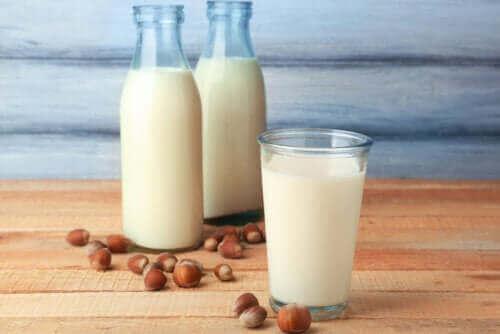 ヘーゼルナッツミルクの栄養価と特徴