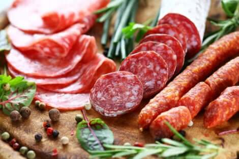 加工肉 食品添加物の種類