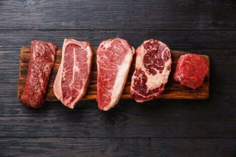 食品添加物の種類 赤身肉