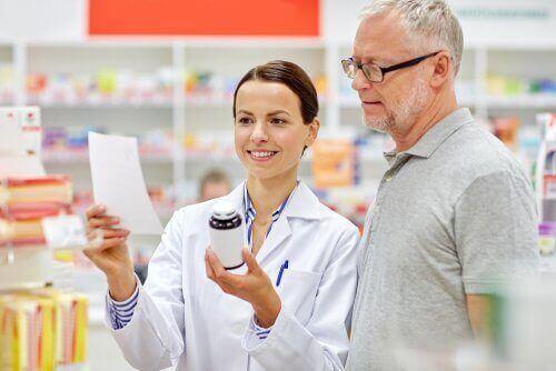 医薬品 説明書 読む 方法