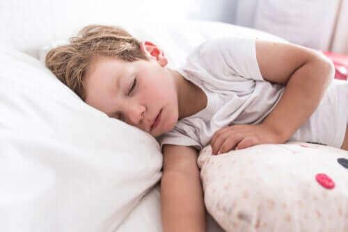 子供の生活 影響を与える 小児喘息 原因 診断