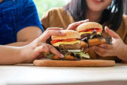 過食を避ける方法